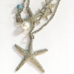 Jewelry - Silver starfish and pearl necklace